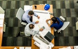 Ingeniería y Arquitectura. Nuestro equipo AB ingenieros